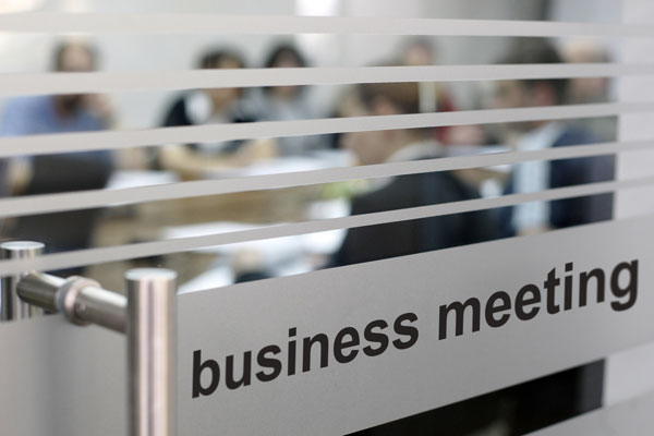 The genre of business meeting minutes (1/3)